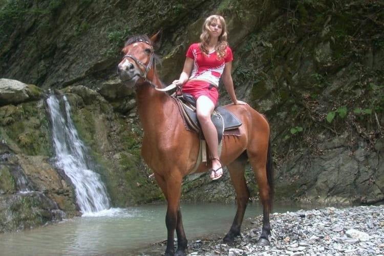 Конные прогулки в Новомихайловском